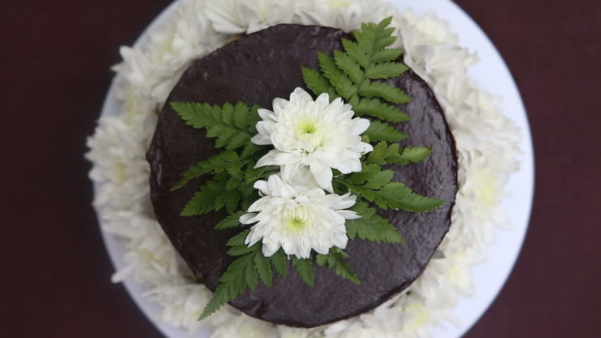 Images Of Cakes Decorated With Fresh Flowers Flowers Healthy