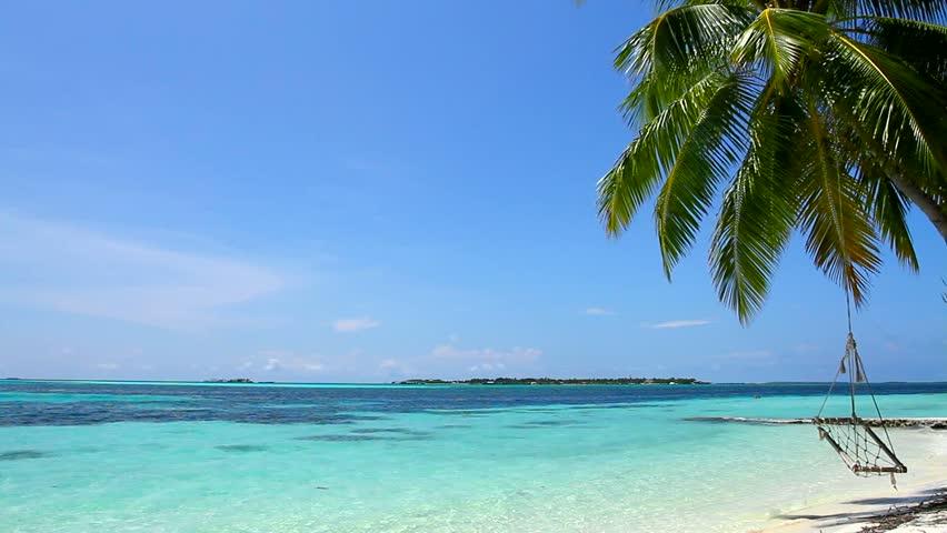 Tropical Paradise at Maldives with Vidéos de stock (100 % libres de droit)  854947 | Shutterstock