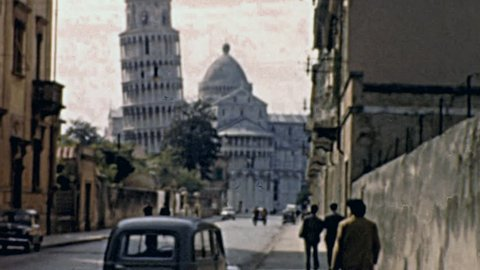 PISA - 1950s: people walking to Piazza dei Miracoli in 1950s in Pisa