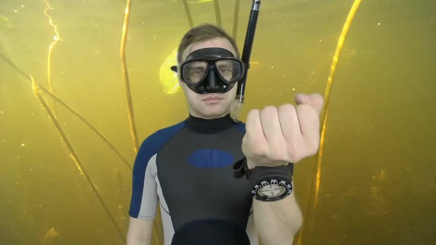 Diving sign- divemaster  shows sing  ASK QUASTIONS  ,also a available on the green screen all of diving sings from course (open water diver)  3   of 11