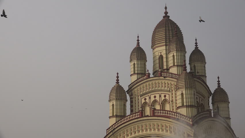 Facade of the Dakshineswar Kali temple complex in Kolkata, India.